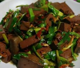 鸭血炒韭菜