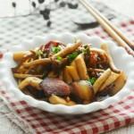腊肉煸菌菇