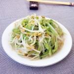 菠菜茎炒豆芽菜