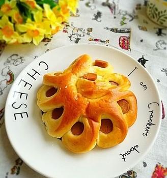 火腿肠花形面包
