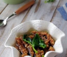 酥肉豌豆尖汤
