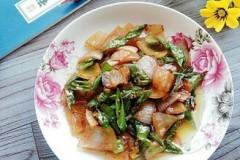 洋葱青椒炒腊肉