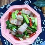 腊肉炒青蒜:营养加一半