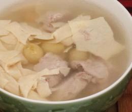 腐竹银杏瘦肉汤