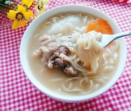 筒骨汤荞麦面