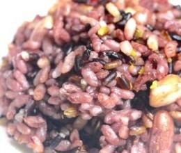 花生甘薯紫米饭