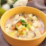 虾皮豆腐蔬菜羹  宝宝健康食谱