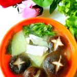 土豆香菇肉片汤