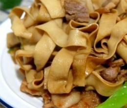 豆腐皮炒肉