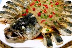 清蒸豆豉鲈鱼