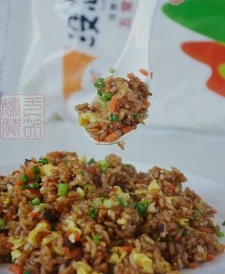 什锦酱油炒饭