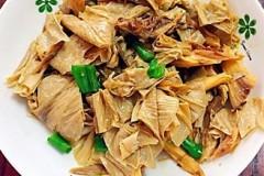 青椒腐竹炒鸡丝
