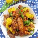 玉米焖鸡块