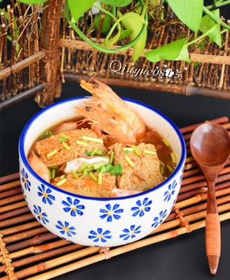 鲜香冻豆腐汤