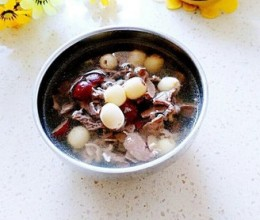 红枣莲子猪心汤