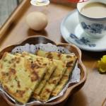 玉米面葱花饼