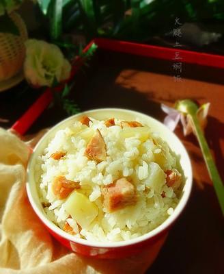 火腿土豆焖饭