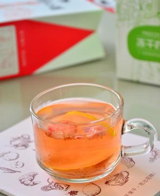 草莓柠檬茶