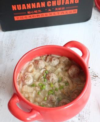 酸菜肉丸煲