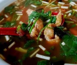 蒜黄酥肉汤