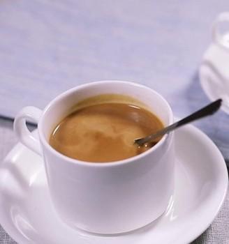 两杯元气满满的早餐奶茶