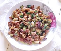 蚝油蒜香核桃仁