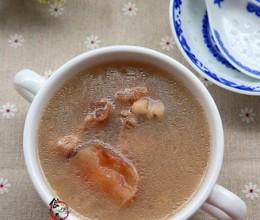 薏仁土茯苓大骨汤