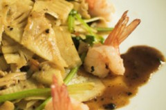 黑椒酱汁春笋虾