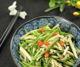 杏鲍菇炒水芹菜