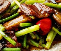 蒜台焖土鳝