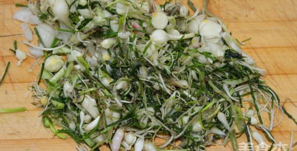 野葱鸡蛋酱的做法