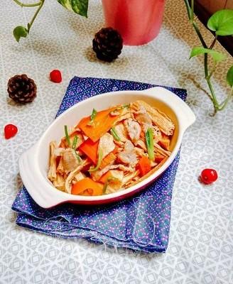 胡萝卜焖腐竹