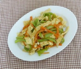蛋白炒尖椒
