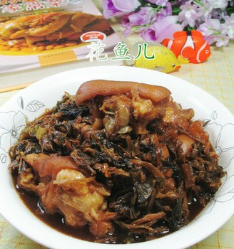 梅干菜焖猪蹄