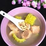 眉豆苦瓜煲排骨汤