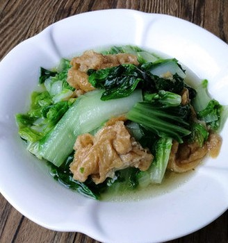 小白菜炒油面筋