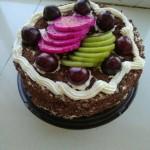 樱桃黑巧生日蛋糕