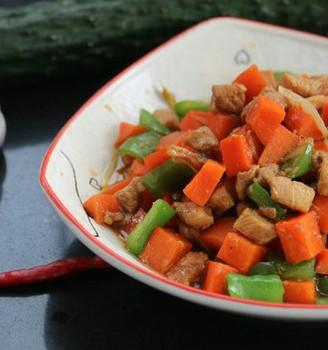 胡萝卜鸡丁