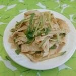 黄瓜拌豆皮