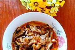 油渣炒平菇