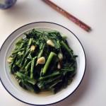 蒜炒莴苣叶