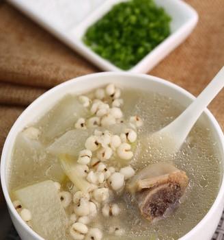 薏米冬瓜排骨汤—祛湿