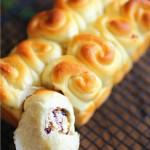 迷你蔓越莓奶酪面包