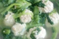 小白菜猪肉丸子汤