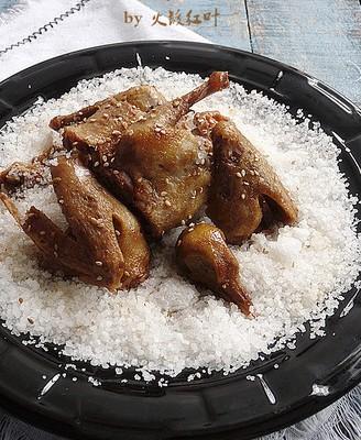 盐焗沙姜乳鸽