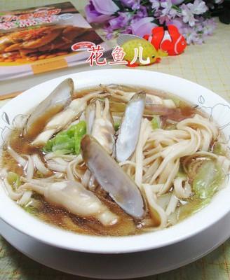 圆白菜蛏子汤面
