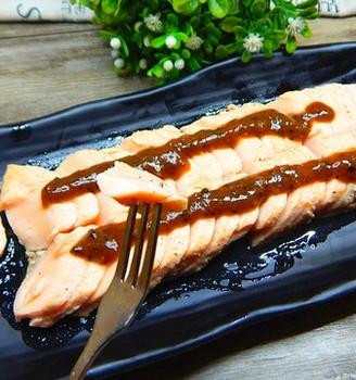 黑胡椒三文鱼