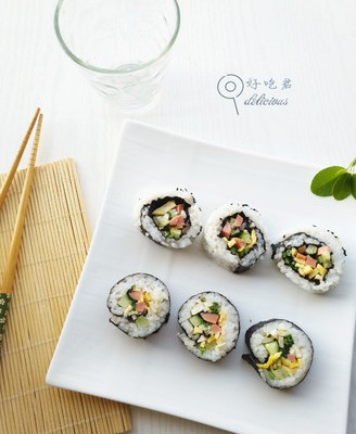 菠菜双拼寿司