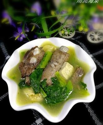 小白菜冻豆腐排骨汤