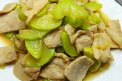 小瓜炒猪肉